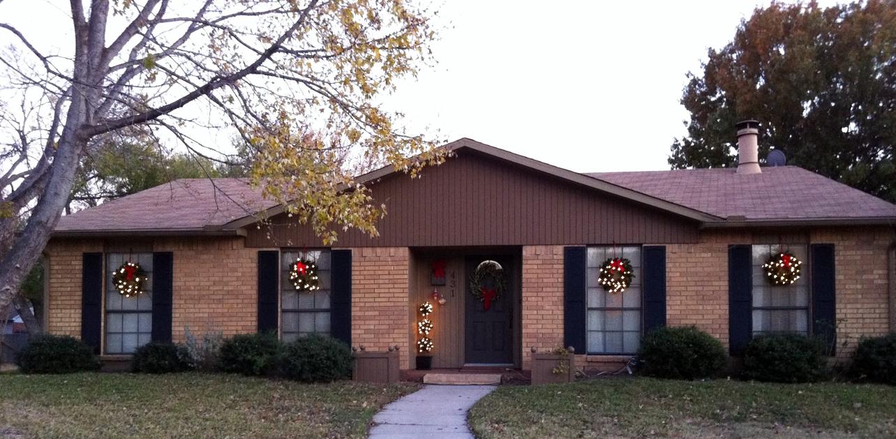 the happy homebodies window wreaths