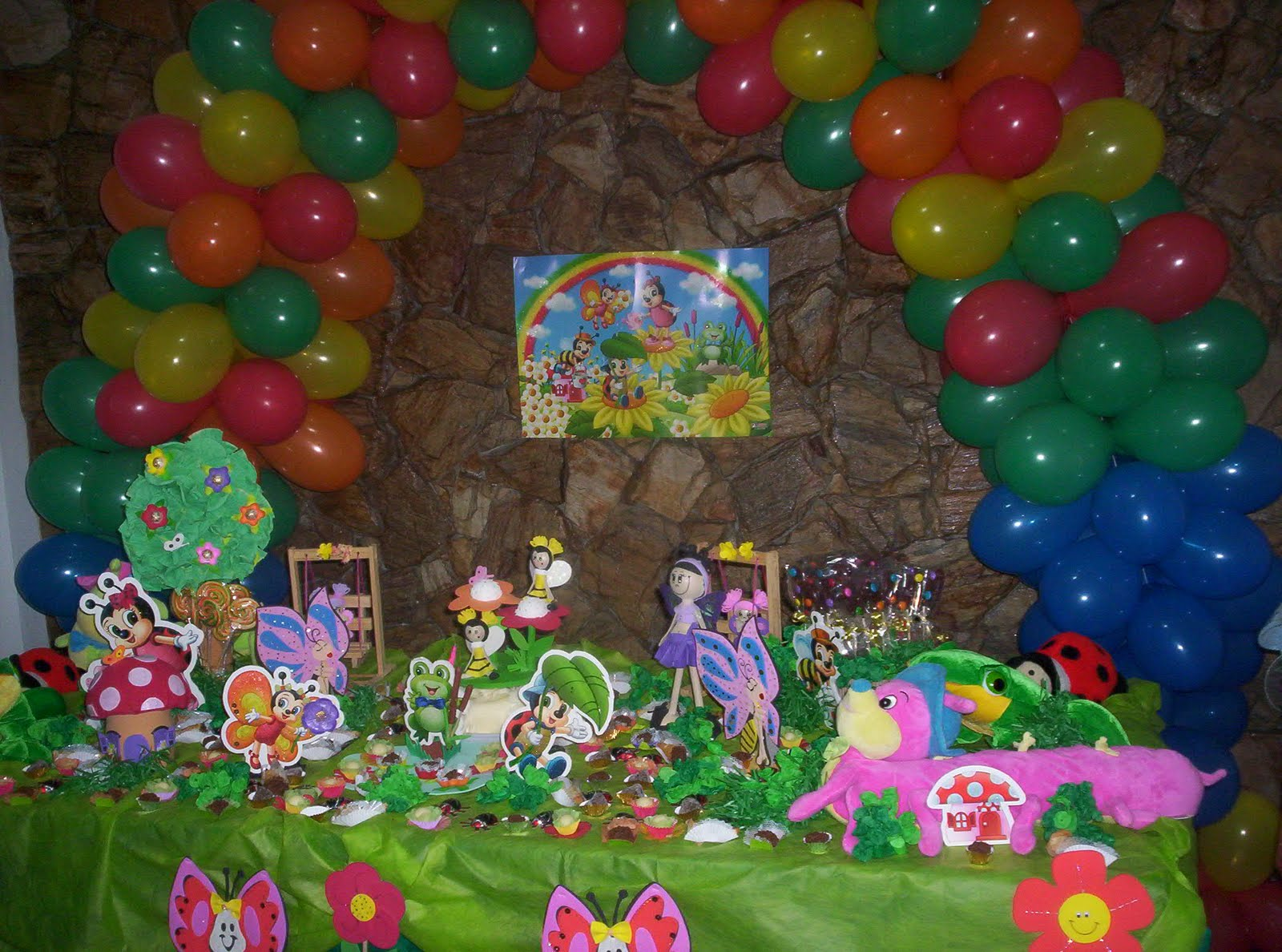 mesa infantil jardim:ENCANTARTE CULINARIA E ARTE: DECORAÇÃO JARDIM ENCANTADO