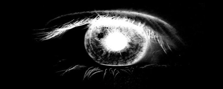 Sangre en el ojo