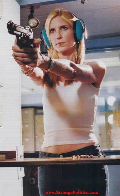http://3.bp.blogspot.com/_Igo3uKTUxcM/S6rFSNQeDoI/AAAAAAAAAjY/htzlCWeGvLk/s1600/ann-coulter-gun.jpg
