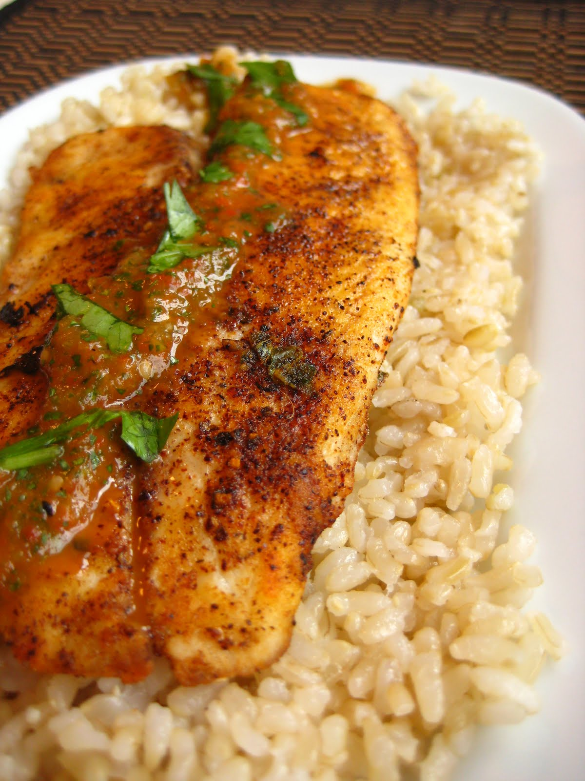 grilled tilapia with roasted pepper tomatillo sauce serves 4 sauce
