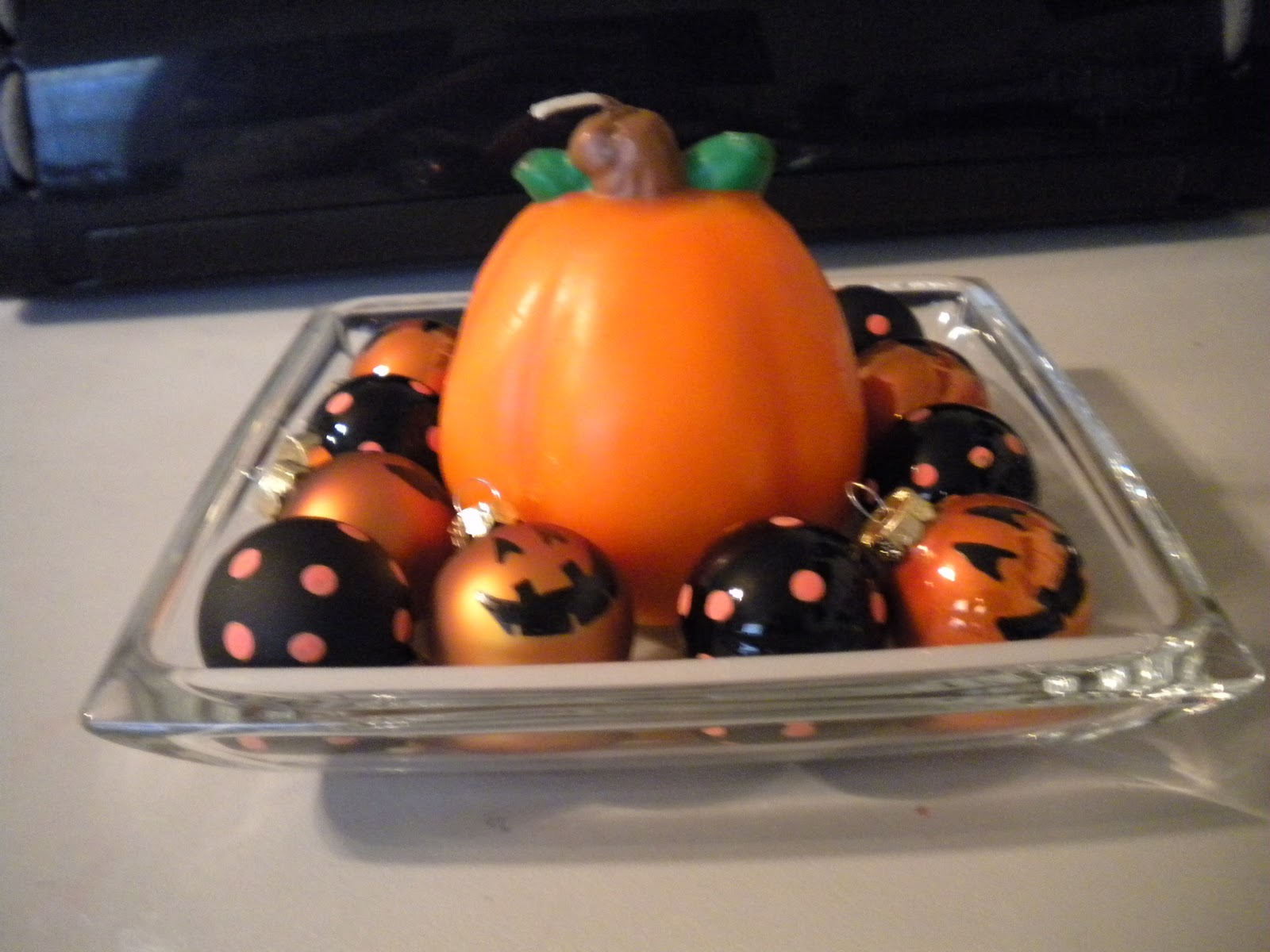 Jean's Crafty Corner: Day 19 of Halloween Projects: Ornaments