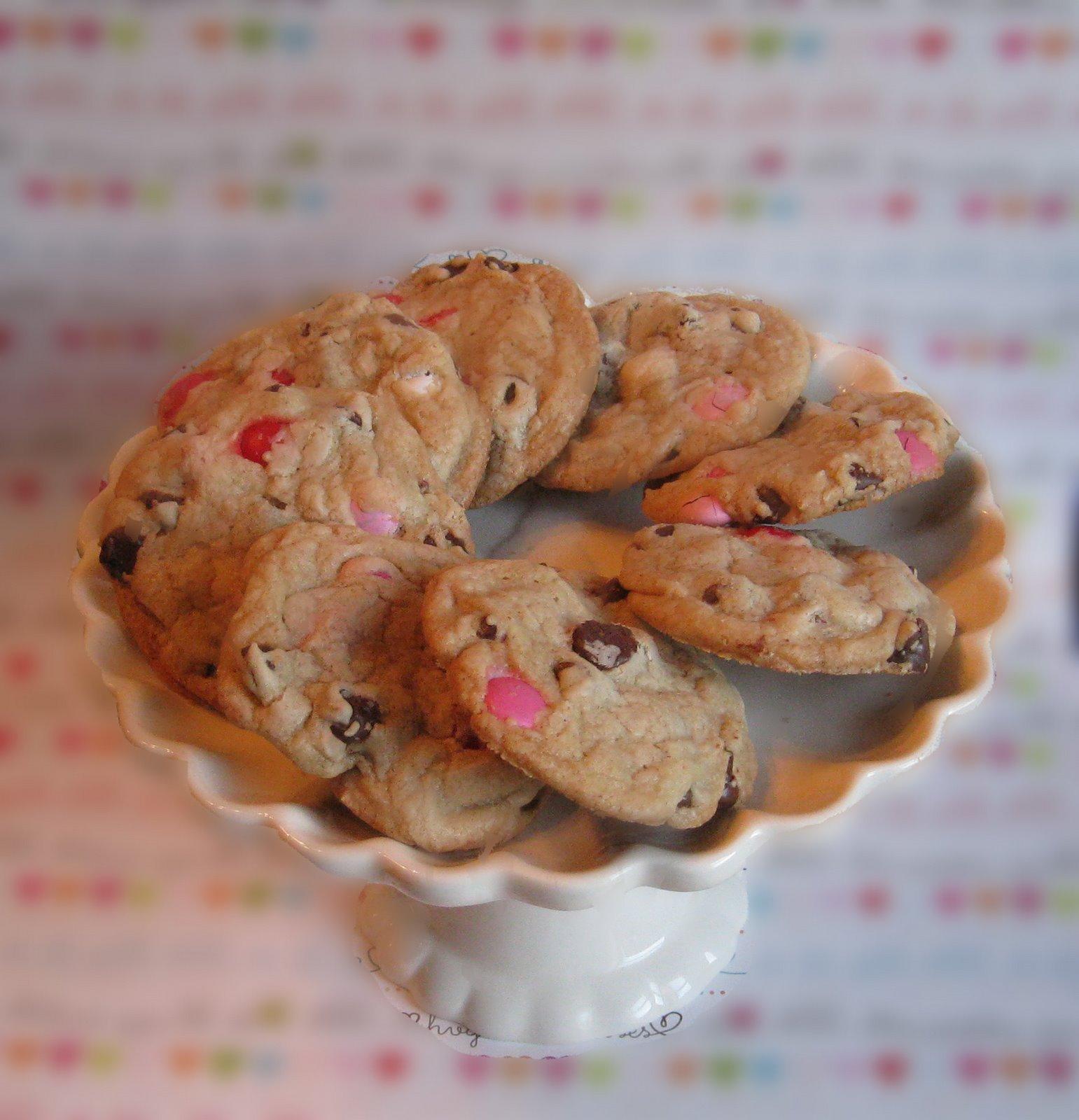 [choco+chip+cookies.jpg]