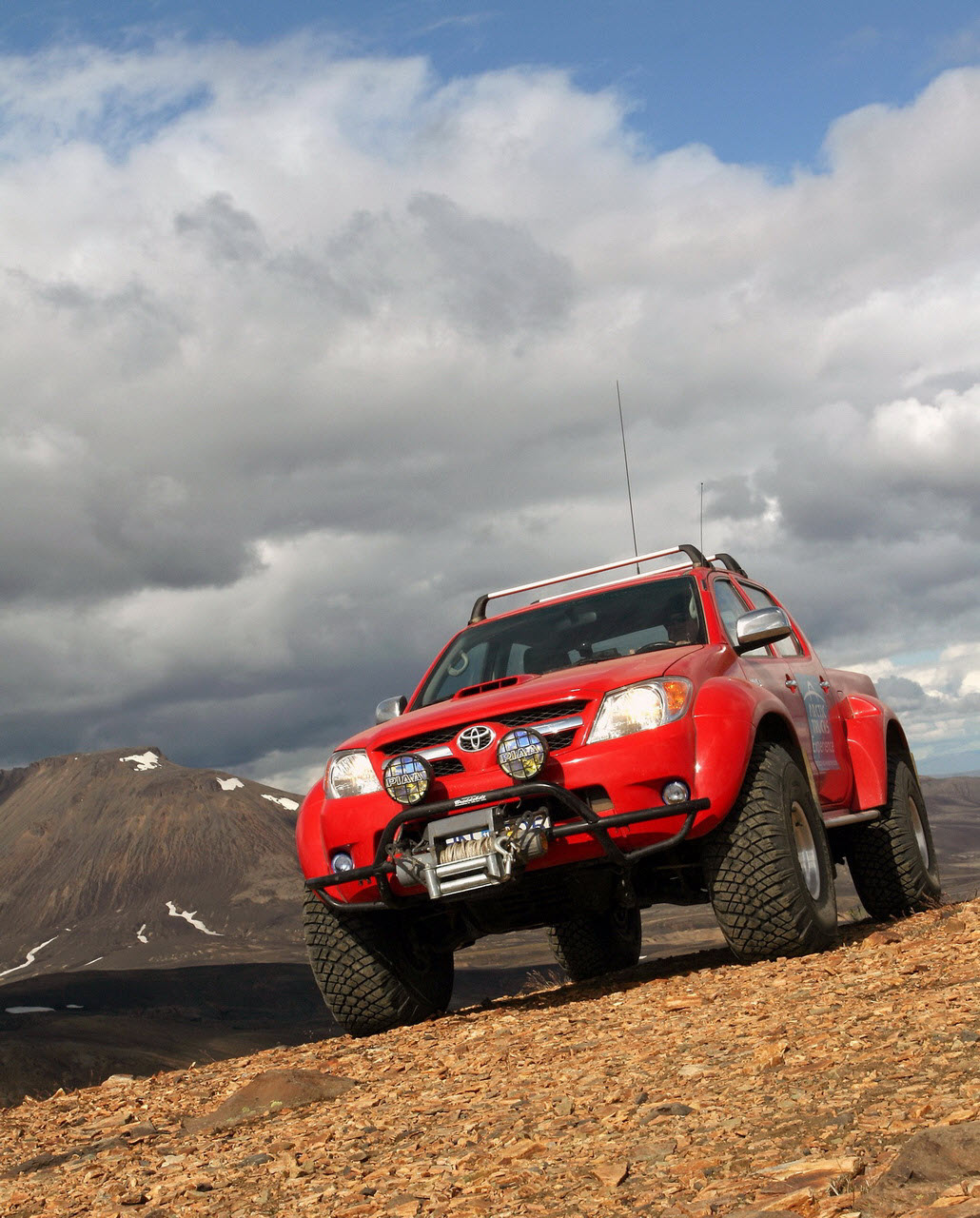 38-inch tyres Toyota Hilux