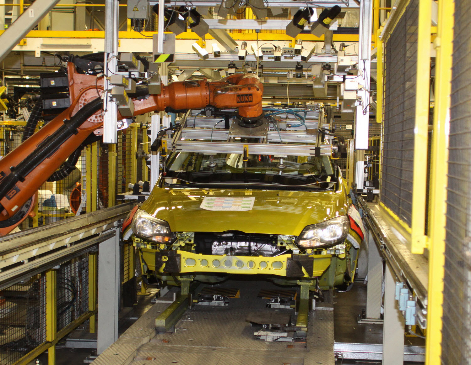 Ford starts All-New Focus production at Saarlouis Assembly Plant in ...