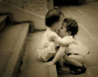 sevmek ve sevilmek en büyük nimetlerden