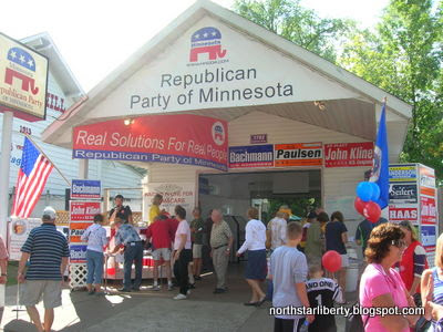 MN GOP booth, morning