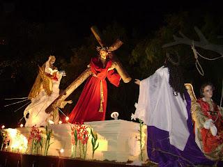 noche, nocturna, nocturno, procesión, andas, procesionales, iluminadas, iluminación, luces, encendidas, jesús, nazareno, ciudad, guatemala, cuaresma, semana, santa