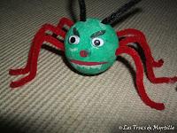 Les monstrueuses araignées à pattes velues d'Hallween