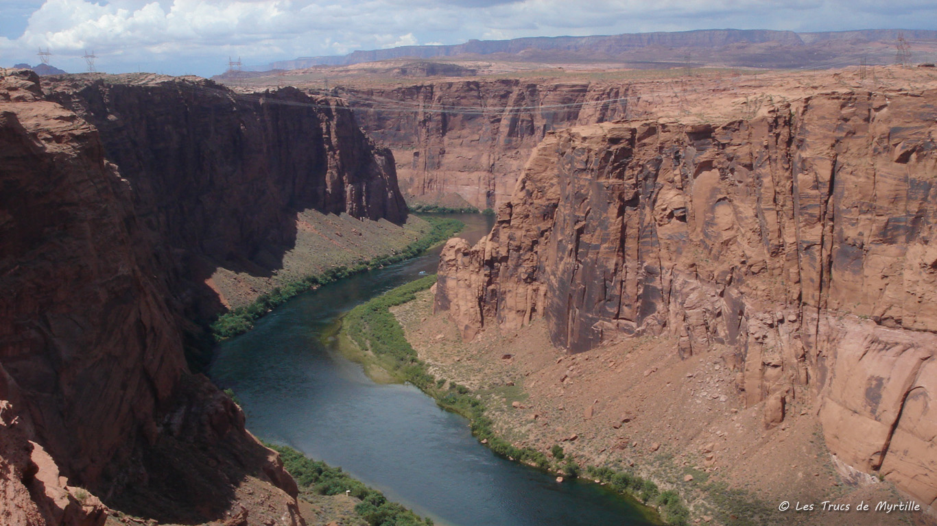 http://3.bp.blogspot.com/_ImSsWG17-Bs/TH0Ru8Iw6YI/AAAAAAAADV0/AYRt6IZjrps/s1600/colorado-glen-canyon_1366x768.jpg