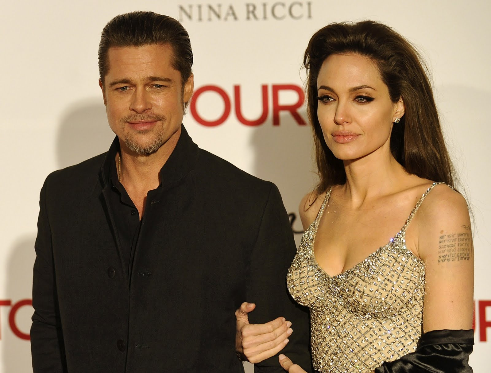 http://3.bp.blogspot.com/_ImioM_zH-NY/TRJRwbltNKI/AAAAAAAABIU/ehLouBu3sS8/s1600/Angelina-Jolie-110.jpg