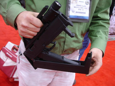 MagPul FMG9 Folding machine gun