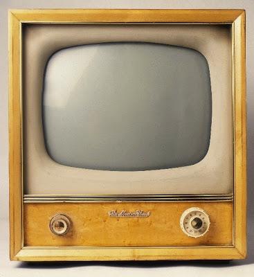 http://3.bp.blogspot.com/_IoU3bEFUwWc/SX8nHKRRbUI/AAAAAAAAEl4/37MNsZWdgC4/s400/Old+TV.JPG