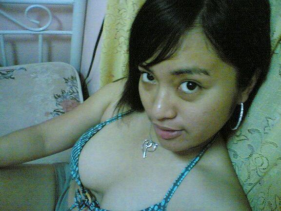 http://3.bp.blogspot.com/_Ip2lraviwjw/SZz-Pl3SZXI/AAAAAAAAAA8/bm2OXB6dW_Q/s400/belahan-dada-friendster.jpg