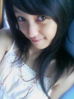 http://3.bp.blogspot.com/_Ip2lraviwjw/SamINNoP8CI/AAAAAAAAAB0/np1hzfLTZFU/s400/alexa-cewek-cantik-friendster.jpg