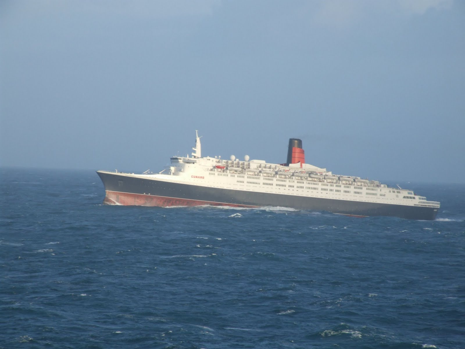 Qe2 Pride Of The Clyde June 2010