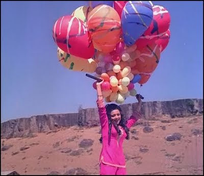While Out And About With Sanjay Having Successfully Ditched The Curlys Kaajal Gets Her Hands On Some Balloons And Floats Away During Yeh Ladka Hai Allah