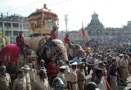 [Mysore+Dasara+2008+(21)-719602.jpg]
