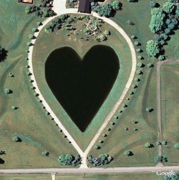 heart shaped lake - Amazing Heart Shape Places