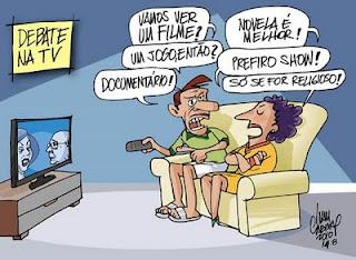 O debate eleitoral na televisão. Charge