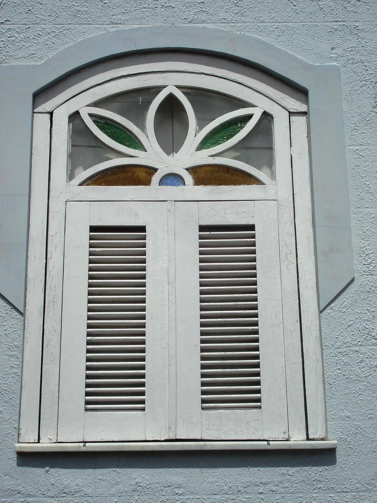 #5B4A35 KAKI AFONSO Arquitetura: Janelas da arquitetura piauiense: Amarante. 474 Janelas Duplas Madeira