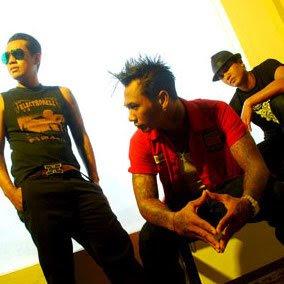 superman is dead kuat kita bersinar indonesia top hits song