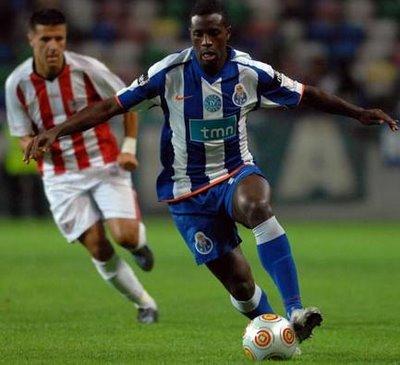 No jogo em que o FC Porto perdeu em casa frente ao seu maior rival, Varela