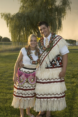 Tonga Traditional Wedding Dress http://christiwilliams.blogspot.com/2008/08/tongan-wedding-puletaha.html