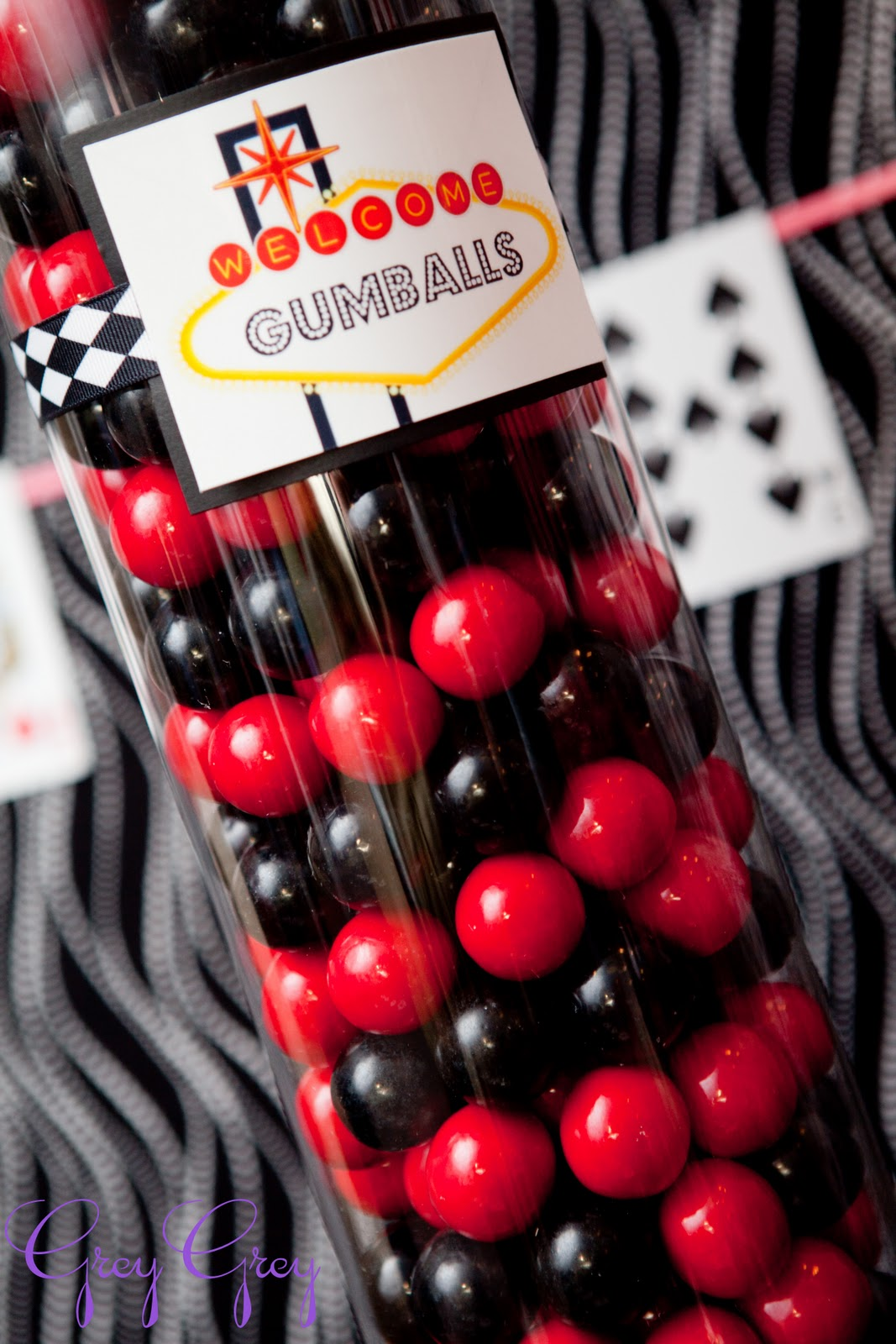 Greygrey designs my parties casino 40th birthday party for Decoration poker