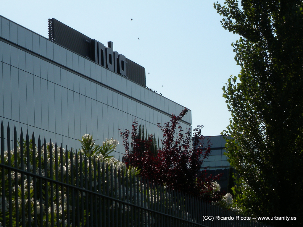 Oficaco office and company parque empresarial la finca for Oficinas fenosa madrid