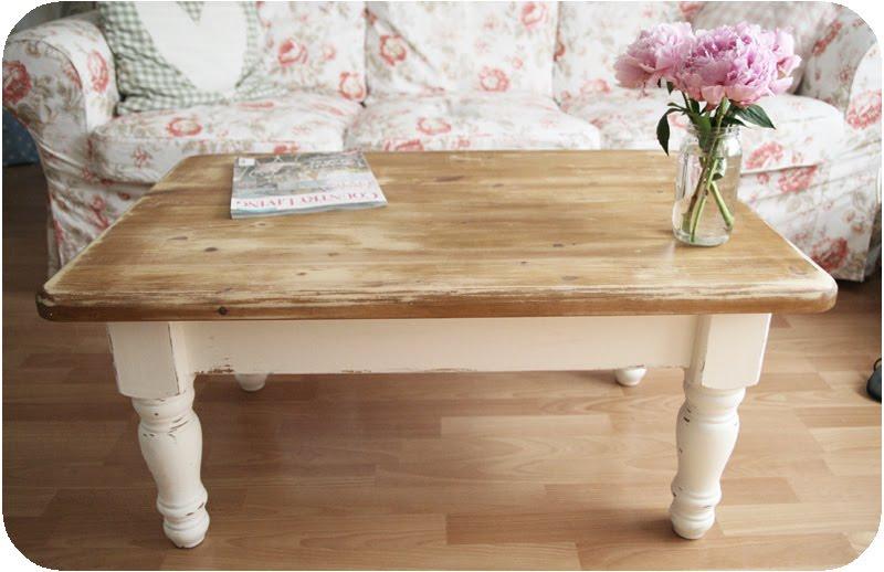Amazing verniciare mobile effetto antico storia di un tavolino with come decapare un tavolo - Come verniciare un mobile antico ...