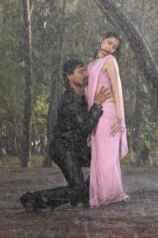 Tamil Actress Tamanna Hot Scene With S J Surya