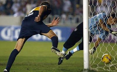Palermo vence Fernando Henrique