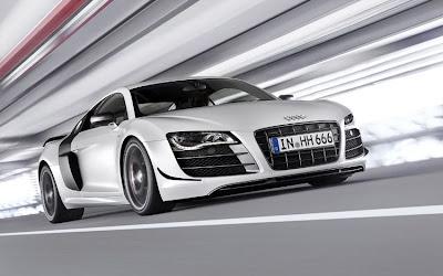 2011 Audi R8 GT Photos