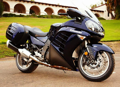 2010 Kawasaki GTR 1400 Concours Picture