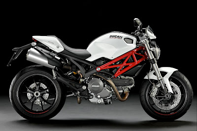 2011 Ducati Monster 796 Sportbike