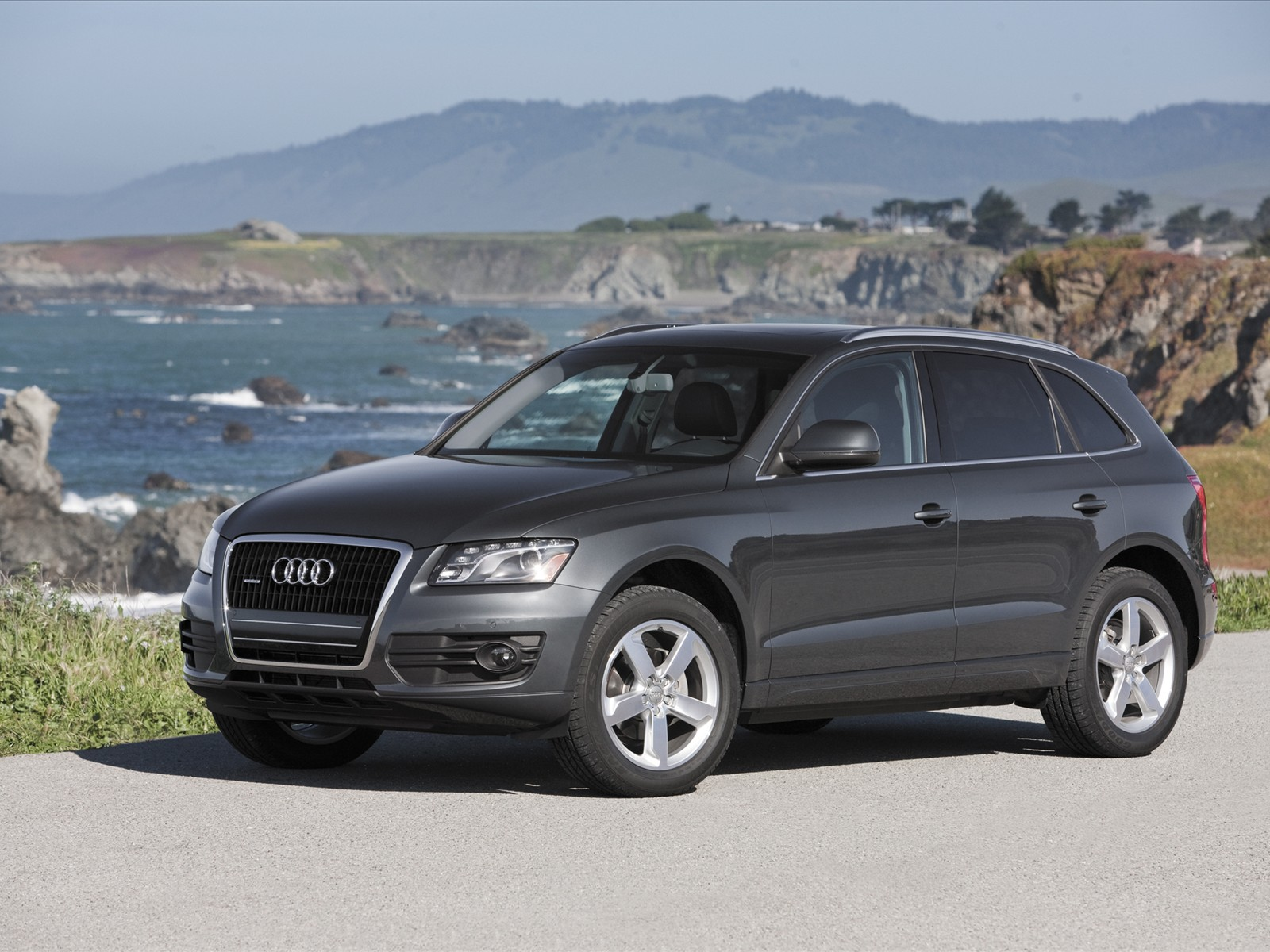 http://3.bp.blogspot.com/_J3_liDBfbvs/S-WIwoGJ11I/AAAAAAAAqro/nvRm8PWs4jo/s1600/2010-Audi-Q5-Luxury-Cars.jpg