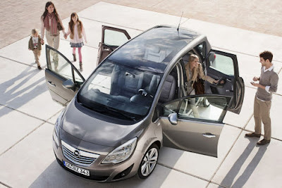 2011 Opel Meriva Family Car