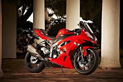 Kawasaki Ninja ZX-6R Sport Bike
