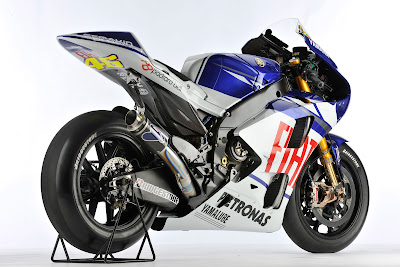 2010 Fiat Yamaha YZR-M1 Rear Side View
