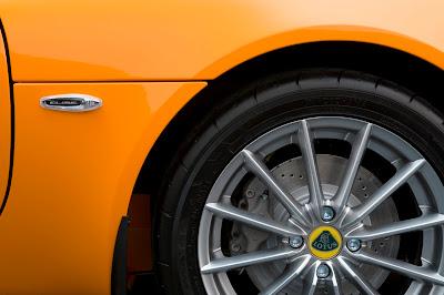 2011 Lotus Elise Wheel & Brakes