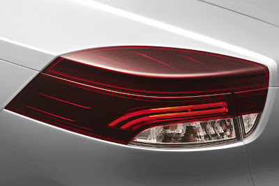 2011 Renault Megane Coupe Cabriolet Taillights View