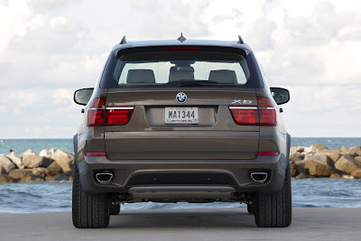 2011 BMW X5 Rear View