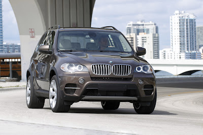 2011 BMW X5 First Look