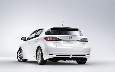 2011 Lexus CT 200h Best Car