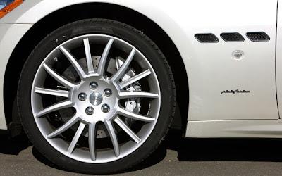 2011 Maserati Granturismo Convertible Wheel