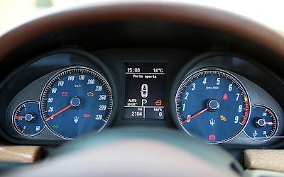 2011 Maserati Granturismo Convertible Gauges