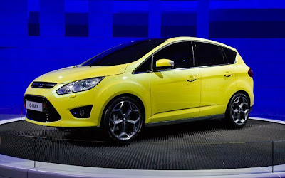 2012 Ford C-Max First Look