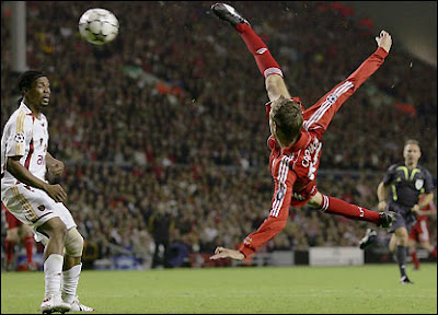 Peter Crouch Best Action Wallpaper