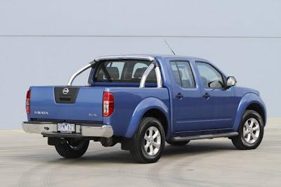 2010 Nissan Navara ST-X Rear Side View